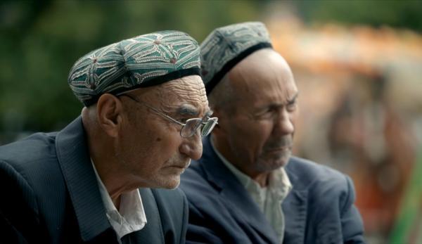 Des Ouïghours ont été soumis à la torture. (Image : Capture d'écran / YouTube)