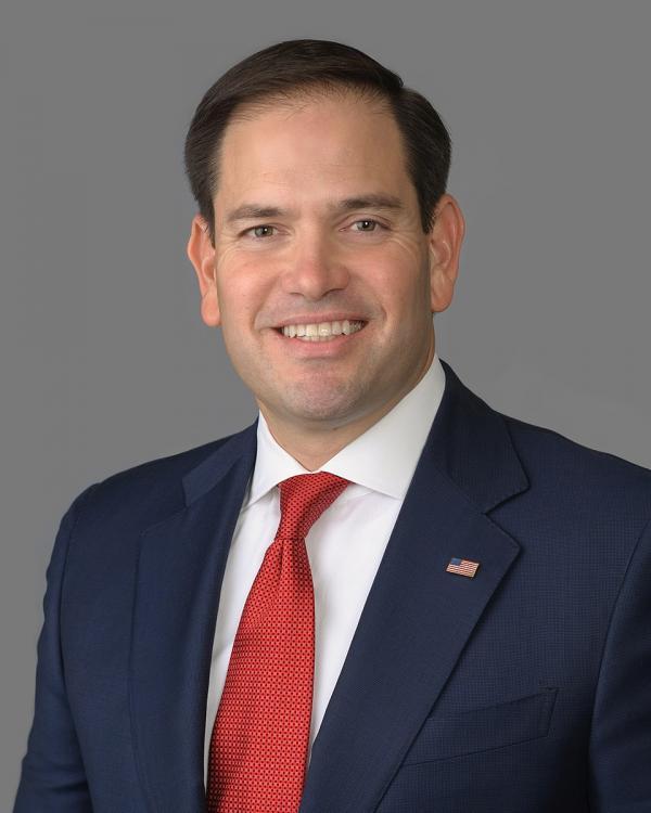 Le coprésident de la Commission, le sénateur américain républicain Marco Rubio (R-FL), a également déclaré que le rapport annuel de la CECC documente année après année les atrocités brutales du PCC qui maltraite son peuple. (Image : wikimedia / United States Senate / Domaine public)