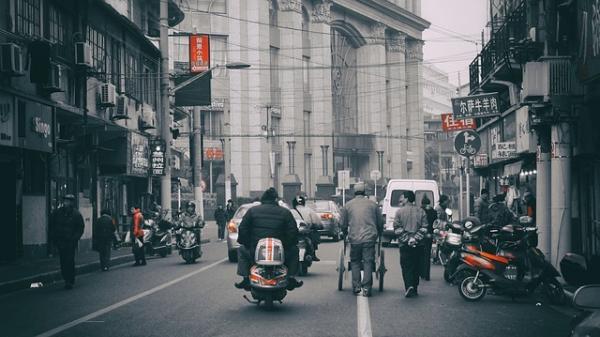 Dans la ville portuaire de Tianjin, les autorités ont fermé les voies de transports. (Image :Игорь Рудяк/Pixabay)