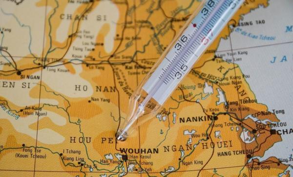Afin de mesurer la vitesse de propagation de la maladie dans une région, les chercheurs ont appliqué une série de méthodes statistiques, analysant la corrélation entre quatre variables: le rayonnement UV, la température, l'humidité et les précipitations, et le taux de croissance quotidien des cas de Covid-19. (Image : jacqueline macou /pixabay)
