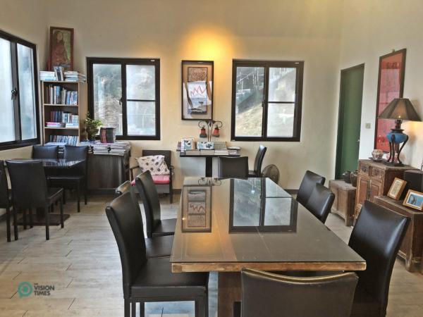 Le Café et la Librairie Thorn Bird (刺 鳥 咖啡 書子) de la Forteresse 12. (Image : Billy Shyu / Vision Times)
