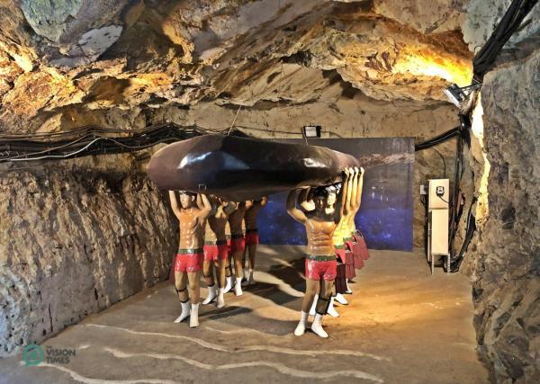 Une exposition de l'unité d'élite amphibie des hommes-grenouilles du ROC au tunnel de Beihai. (Image : Julia Fu / Vision Times)