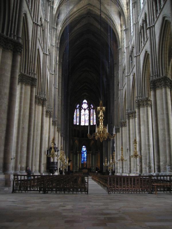 L'illustre passé de Notre-Dame de Reims s'ajoute naturellement à la solennité du site. (Image : wikimedia / Magnus Manske / CC BY-SA 1.0)