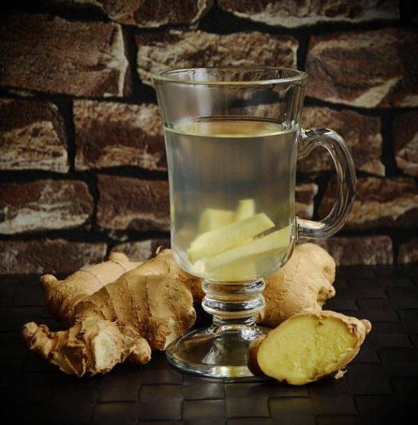 Pour une cure détox, buvez du thé au gingembre chaud. (Image :congerdesign/Pixabay)