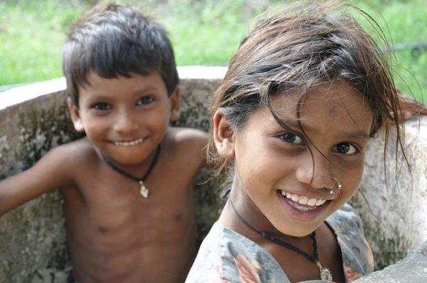 Dans des pays comme l'Inde, seules les personnes ayant un système immunitaire fort sont aptes à se défendre contre le virus. (Image :Kiran Hania/Pixabay)