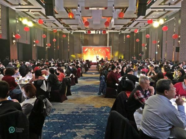 Réunion de famille du Nouvel An lunaire 2021 dans un hôtel cinq étoiles de la ville de New Taipei. (Image: Billy Shyu / Vision Times)