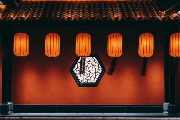 Yuanxiao, ou la fête chinoise des lanternes, est issue de nombreuses traditions anciennes, certaines bien célèbres et d'autres un peu plus méconnues. (Image :琛茜 蒋/Pixabay)