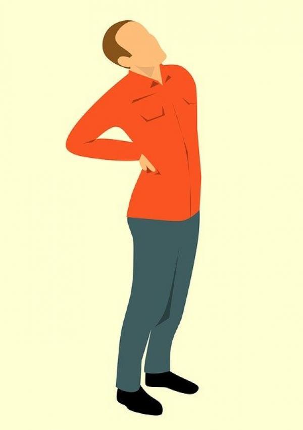 Des douleurs dans le bas du dos peuvent être le signe d'un mauvais fonctionnement des reins. (Image :mohamed Hassan/Pixabay)