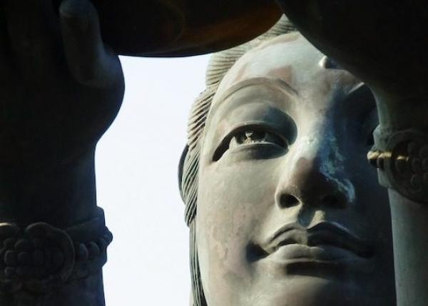 Statue de la déesse Guanyin à Hong Kong. (Image :mtw128/Pixabay)