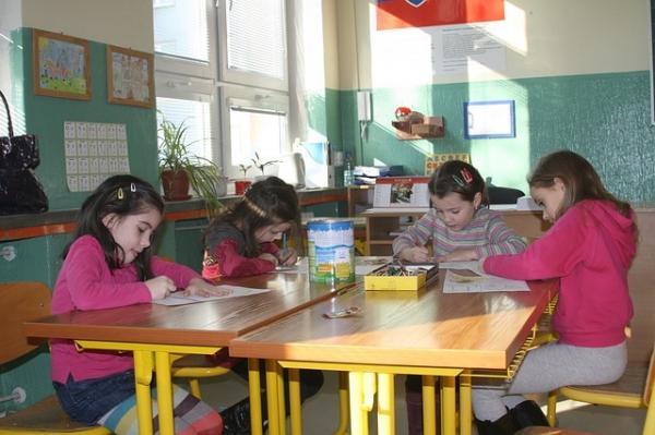 La France a maintenu ses écoles ouvertes bien plus longtemps que les pays voisins. (Image : Miloslav Ofúkaný/Pixabay)