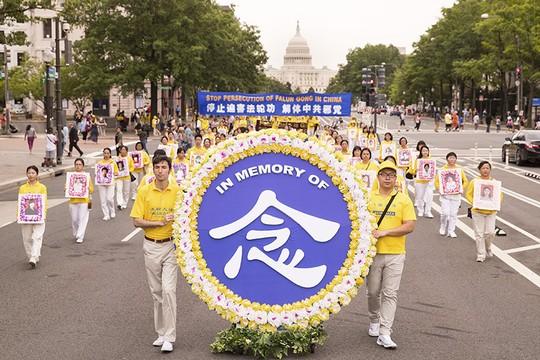 Les pratiquants de Falun Gong se rassemblent à Washington DCpour mettre fin à la persécution perpétrée par le Parti communiste chinois depuis vingt deux ans