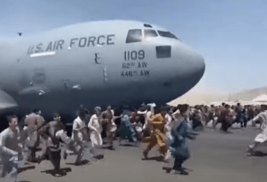 Les talibans renversent le gouvernement afghan: Joe Biden envoie 6 000 soldats pour aider à l'évacuation des ressortissants