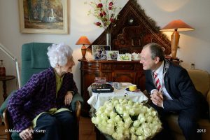 Le secret de centenaires britanniques, de véritables perles de sagesse