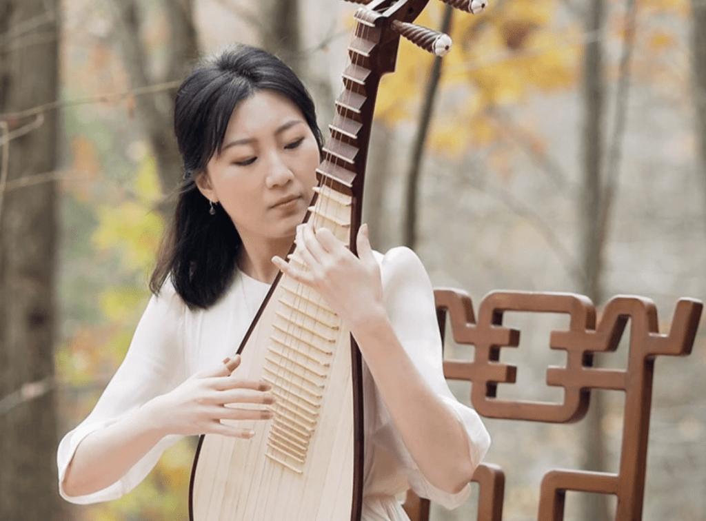 L'histoire d'une virtuose du pipa et son entrée à Shen Yun